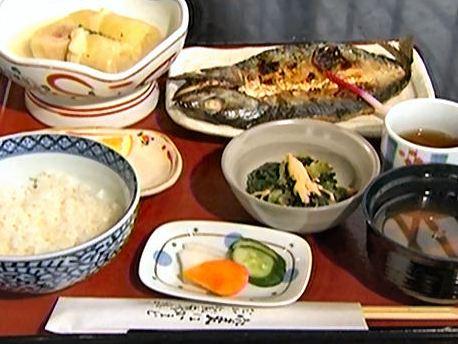 日替りランチ 680円 (肉と魚が選べます)