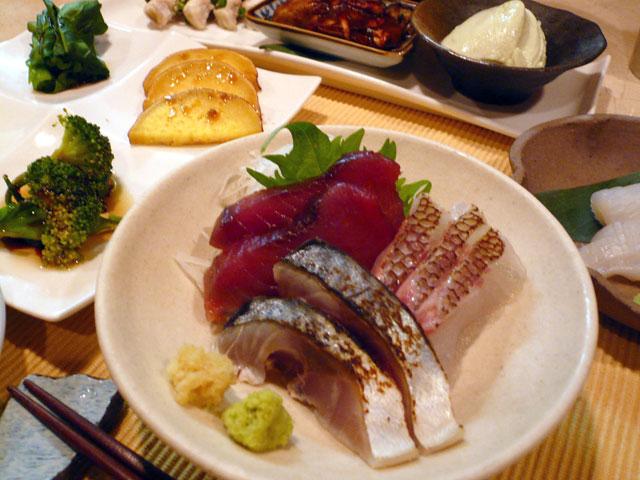 旬のお刺身と蒸し野菜料理